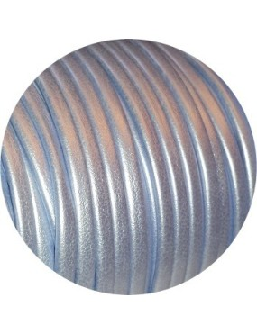 Bride rempliée plate métallisée de 3mm bleu clair