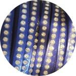 Cordon de cuir plat 6mm bleu cobalt strass vendu au metre
